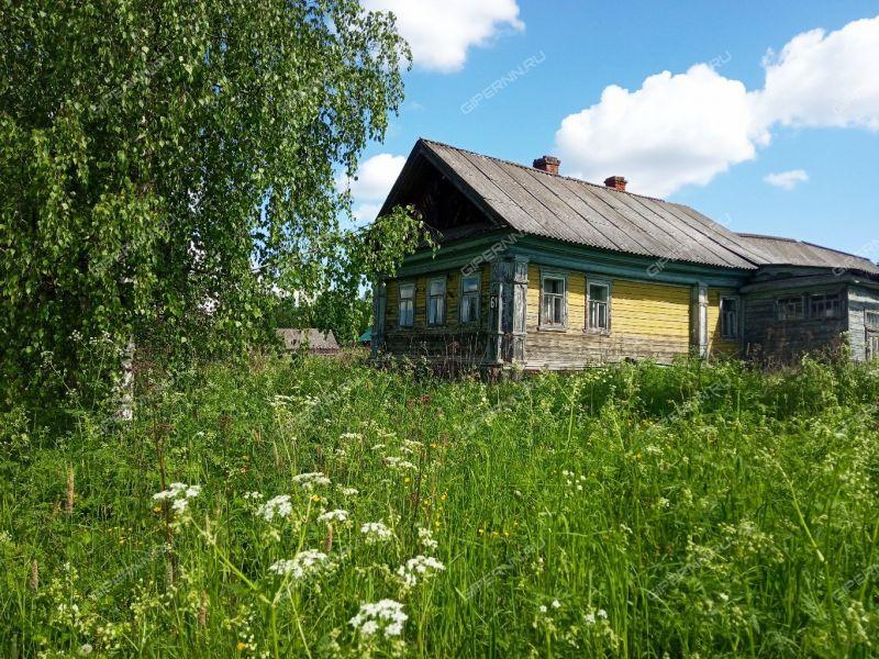 дом на Советской улице деревня Каменное