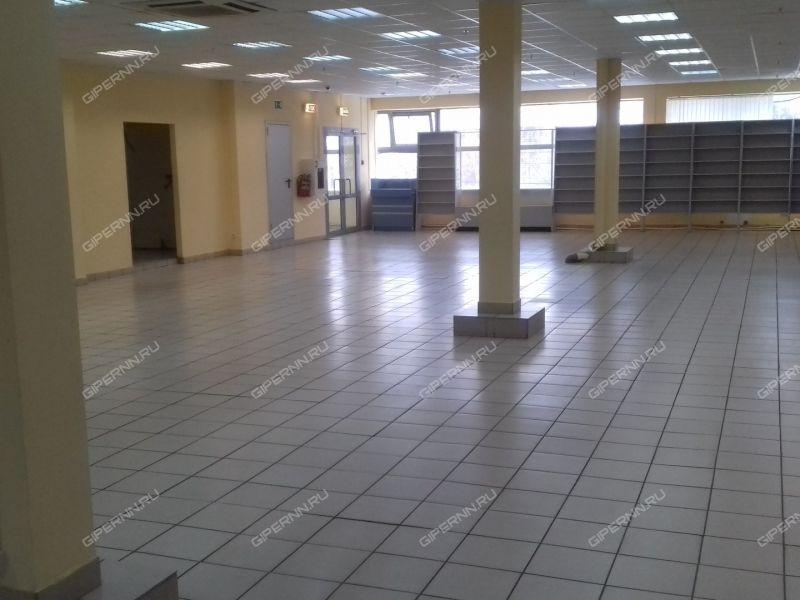 помещение под торговую площадь, недвижимость под медицинские учреждения на улице Чаадаева