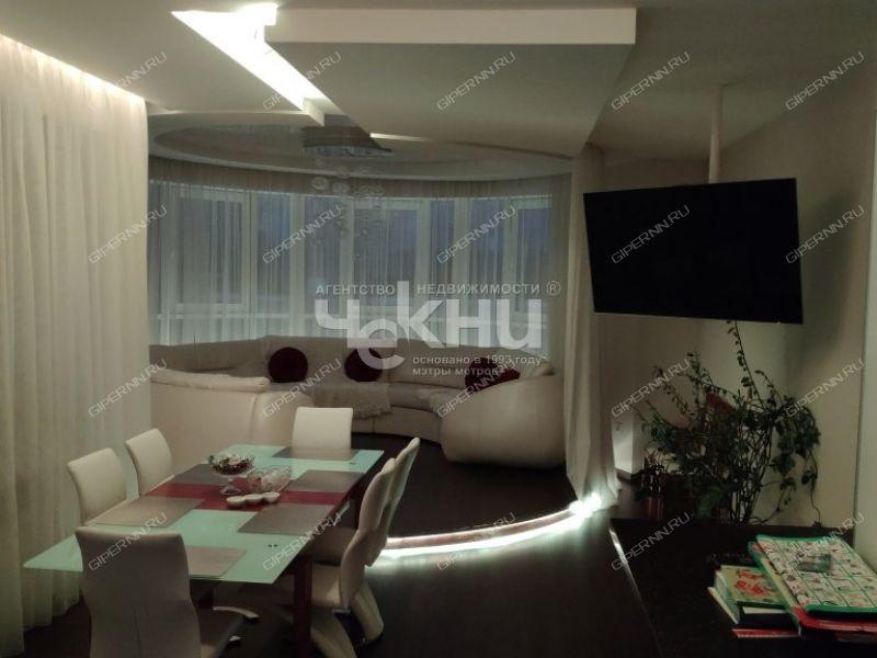 четырёхкомнатная квартира на улице Славянская дом 25