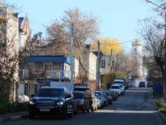 Вгостях у«нижегородского Воланда»: как выглядит жуткий дом вцентре города изнутри